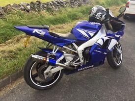 Yamaha R1 - 2002 Blue