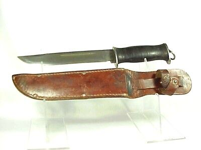 W.W. II - E.G.W. (E.G. Waterman & Co.) New York City FIGHTING KNIFE & SCABBARD