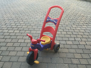 Balancoire et tricycle 2 dans 1 fisher price