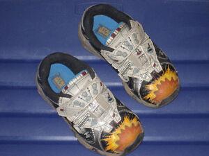 Millennium Falcon Sneakers - Stride Rite Size 9M