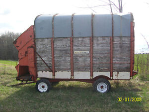 Forage wagon Kawartha Lakes Peterborough Area image 1