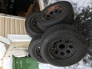 """17"""" offset wheels for 6 bolt chev and 265/70/17 winter tires"""