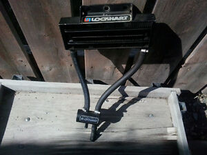 OIL COOLER WITH THERMOSTAT