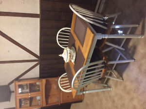 Hutch--kitchen hutch/table/4chairs/ 4 new seat cushions/mats