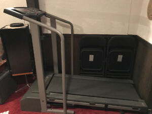 ProForm 525ex Performance Treadmill in mint condition