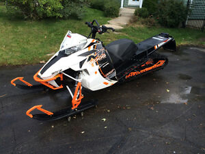 Motoneige Arctic Cat M8000 2015 Limited
