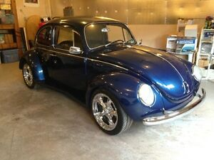Amazing Fully Restored 1971 VW Super Beetle