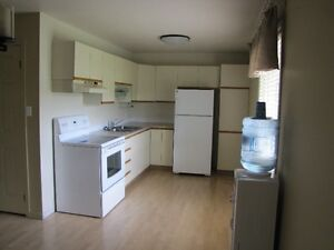 2 bedroom, bright and clean, all inclusive