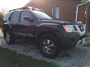 2012 Nissan Xterra Pro4x Offroad SUV, Crossover