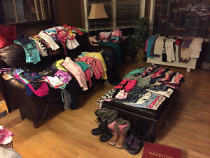 MASSIVE AMOUNT of brand name girls clothes!! Sz 10