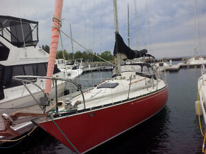 1975 C&C 33 MK 1 classic racer cruiser: 50% shared ownership
