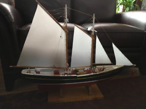 LARGE HANDCRAFTED SAILING SHIP MODEL