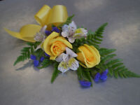 Flower arrangement for wedding and any other occasions!