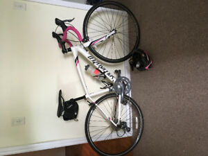 51 cm SPECIALIZED road bike for sale