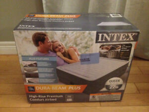 NEW Intex Queen Air bed with built in pump