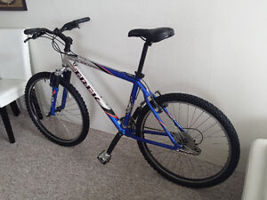 TREK, ALUMINUM, 24 SPEED, EXCELLENT CONDITION, very light