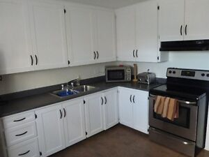 2 BEDROOM+OFFICE/SPARE ROOM CLOSE TO THE YMCA, CONDO STYLE