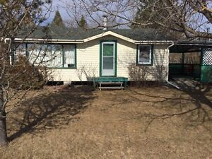 Camp for sale on East Floral Beach