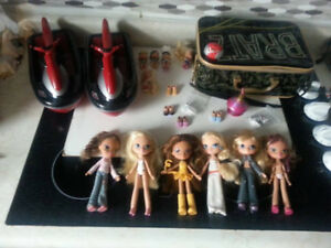 Bratz Teenz Dolls with Extras