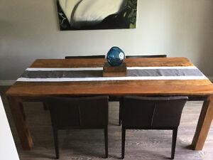 Dining room table & 4 armchairs