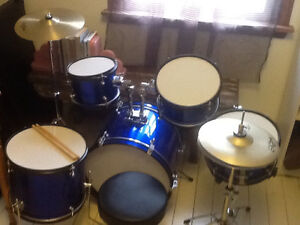 RB youth drum set