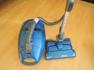 Intuition Vacuum Cleaner excellent condition.