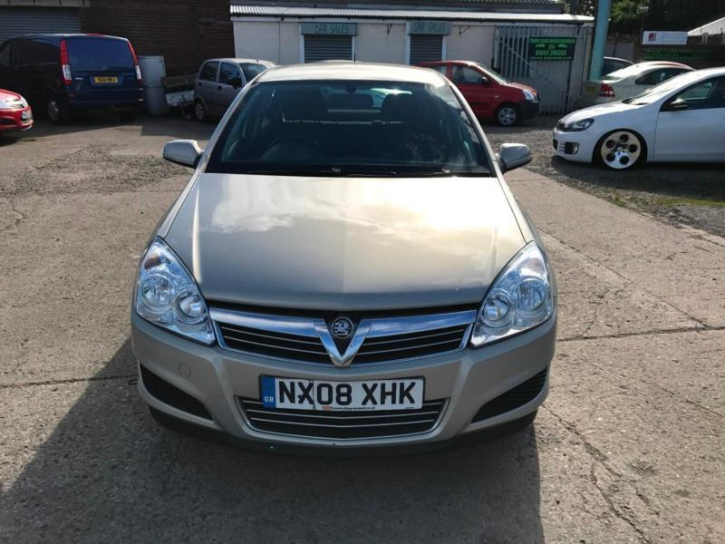 vauxhall opel astra 1 6 16v 115ps life 2008 only. Black Bedroom Furniture Sets. Home Design Ideas