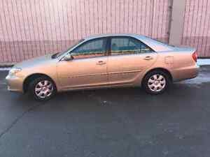 2002 Toyota Camry LE Sedan VERY LOW KMS