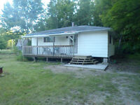 Nice Cottage at Ottawa River Near Castleford/Renfrew