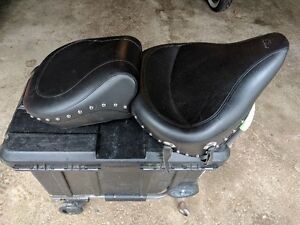 Mustang Seat for Softail