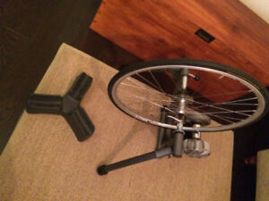 Indoor Cycling Trainer / CycleOps + rim, high heat tire and tube