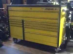 SNAP ON TOOL BOX STORAGE CHEST on wheels Roll Cab like new $2999