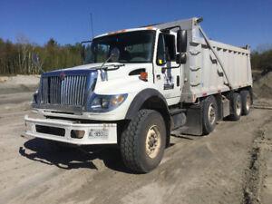 Dump truck  triaxel