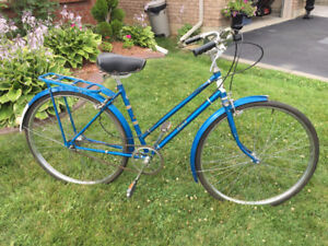 Ladies Vintage Classic Cruiser 3 speed