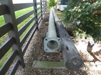 Aluminum Post & Cedar Post