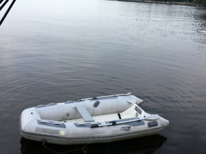 Inflatable boat Achilles 10.4 ft for sale