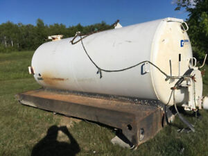 Glendale 1800 gal. Septic Sewer Tank and deck only
