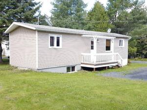 Petite maison a louer (**MEUBLÉ) 500$ au Lac-Etchemin