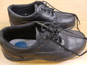 ******FLORSHEIM MEN'S SAFETY SHOES*****