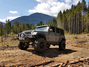 2015 Jeep wrangler willy's edition custom build