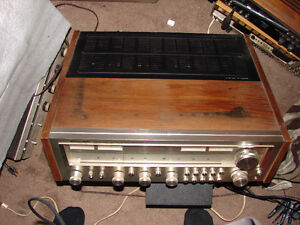 Gorgeous Realistic STA-2100D Super Power Stereo Receiver Walnut Strathcona County Edmonton Area image 2
