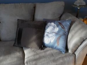 Cushions couch