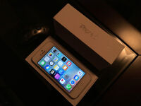[UNLOCKED] iPhone 5 64GB White - Great Condition