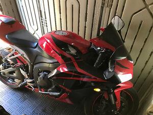 2007 cbr600rr red $7000