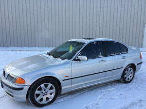 2001 BMW 325I, ONLY 159000kms, LOADED, CLEAN CARPROOF