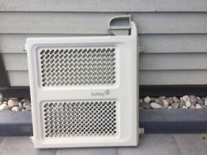 2 Used Baby Safety Gates in Great Condition
