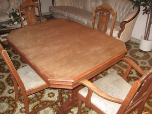 antique classic 1930s dining room table set Windsor Region Ontario image 1