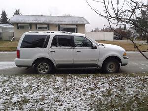 1998 Lincoln Navigator SUV, Crossover