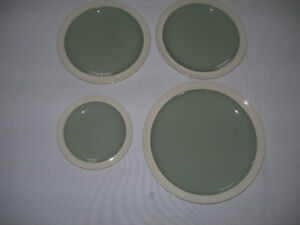 Wedgwood - Green & White Dishes - 4 pieces Kawartha Lakes Peterborough Area image 2