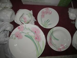 57 Piece Dinnerware Dish set - Pink Orchid Flower Pattern